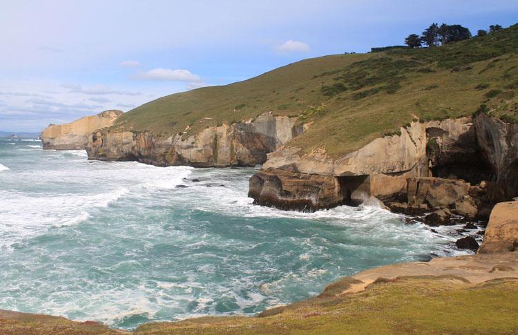 Coastal scenery near Tunnel Beach, Dunedin, New Zealand