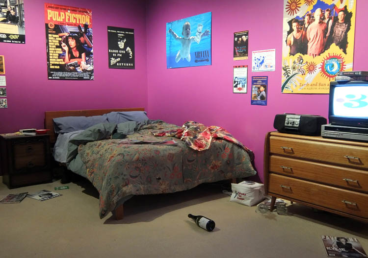 Otago Settlers Museum 90s bedroom