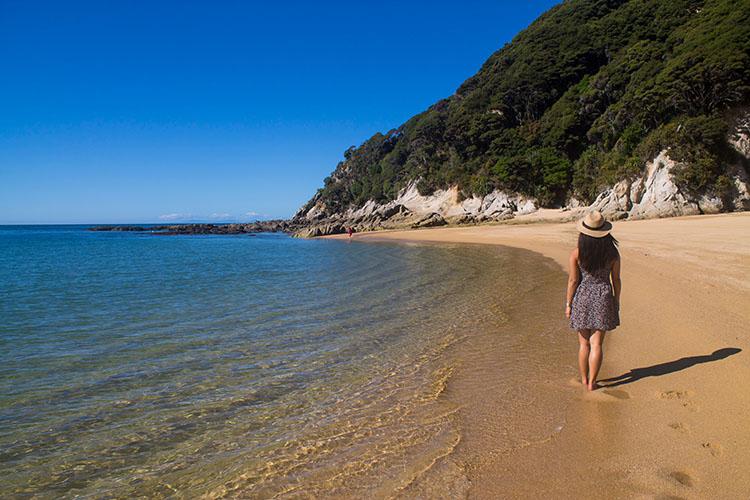 Hiking to Anapai Bay, Abel Tasman National Park