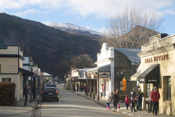 Walking the historic streets of Arrowtown, New Zealand
