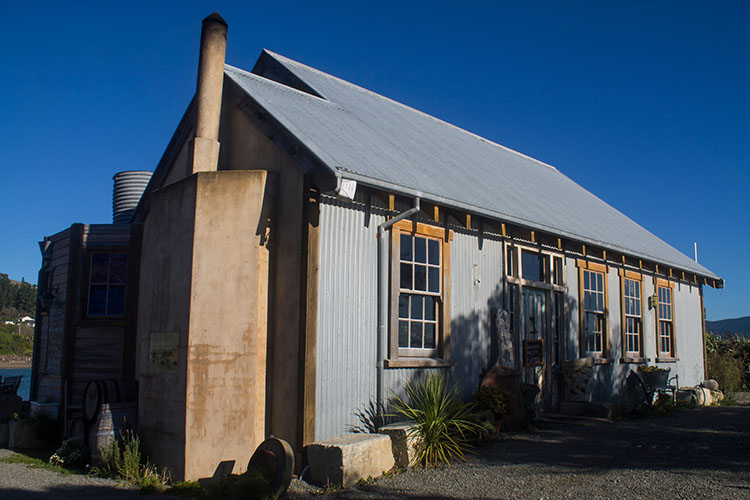 The best things to do in Moeraki, New Zealand -- Fluer's Place