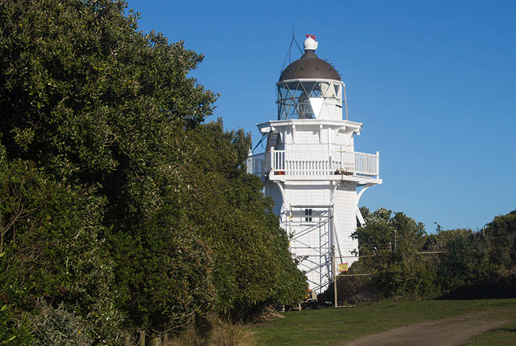The best things to do in Moeraki, New Zealand -- Katiki Point Lighthouse