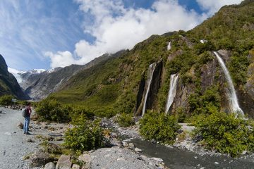 Hiking to Franz Josef Glacier, New Zealand