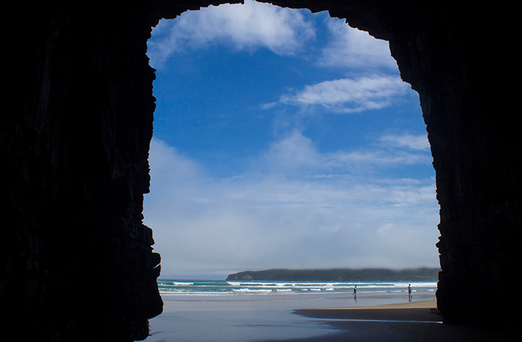 Cathedral Caves walk, the Catlins, New Zealand