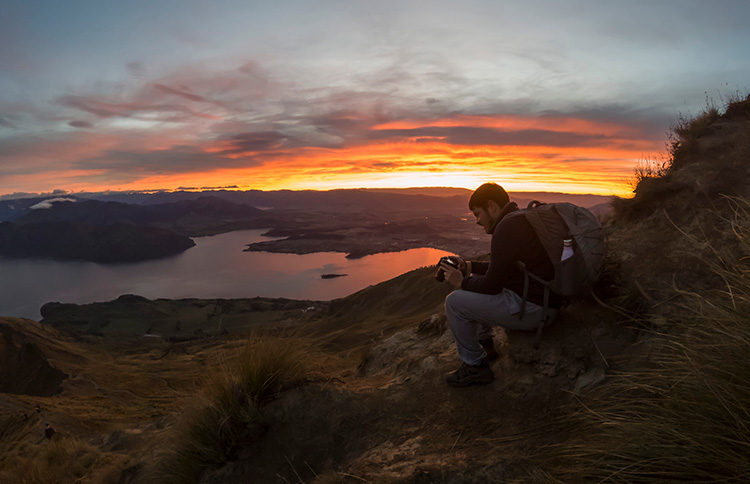 Hiking Roys Peak at sunrise -- the best thing to do in Wanaka, New Zealand