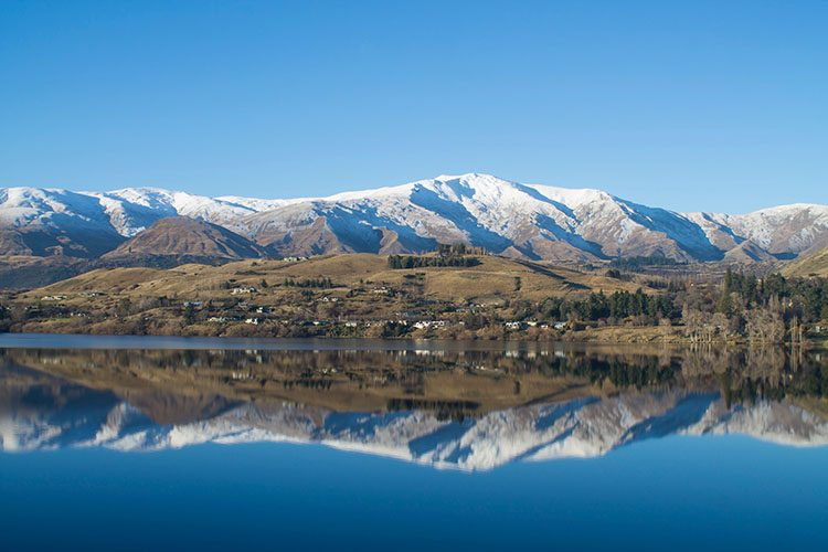 Hiking Lake Hayes in Winter, Queenstown, New Zealand