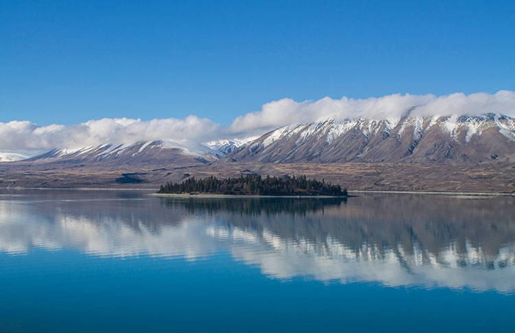 The Peninsula Walkway, Lake Tekapo, New Zealand
