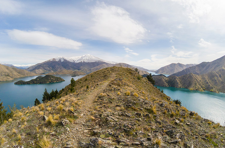 Hiking in Otematata, New Zealand -- the Benmore Peninsula Track