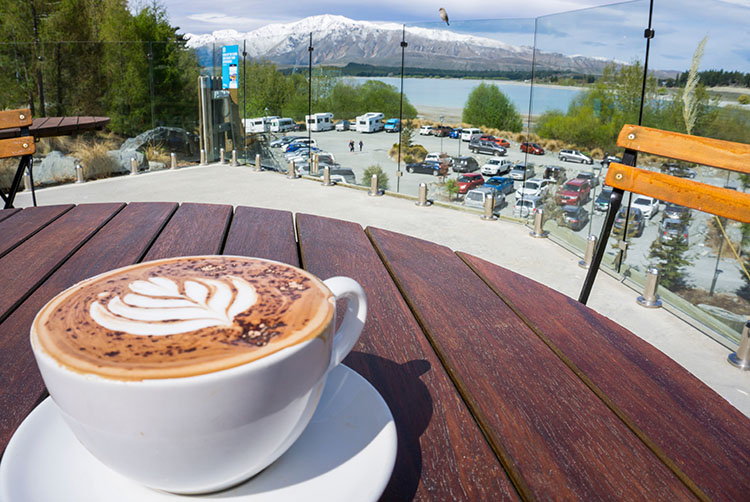 A scenic cafe in Lake Tekapo, New Zealand