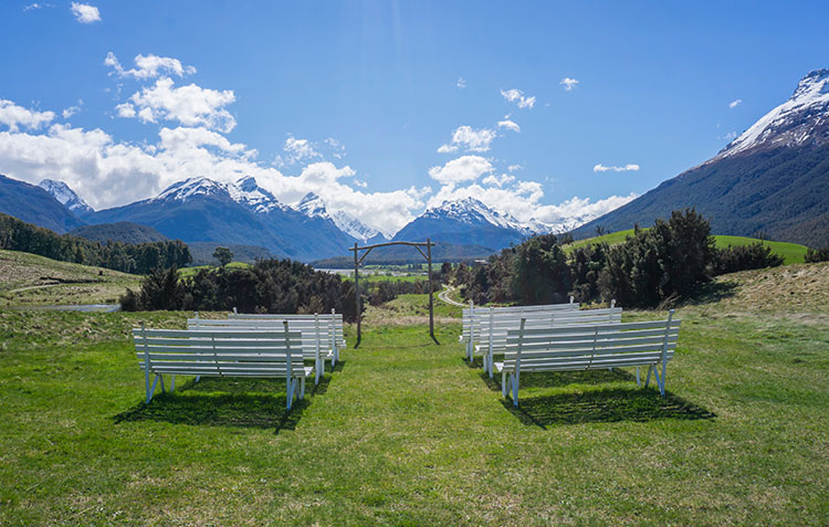 A cool wedding spot near Queenstown, New Zealand