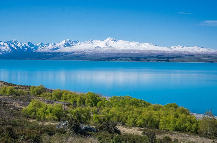 Stunning view of Lake Pukaki, New Zealand