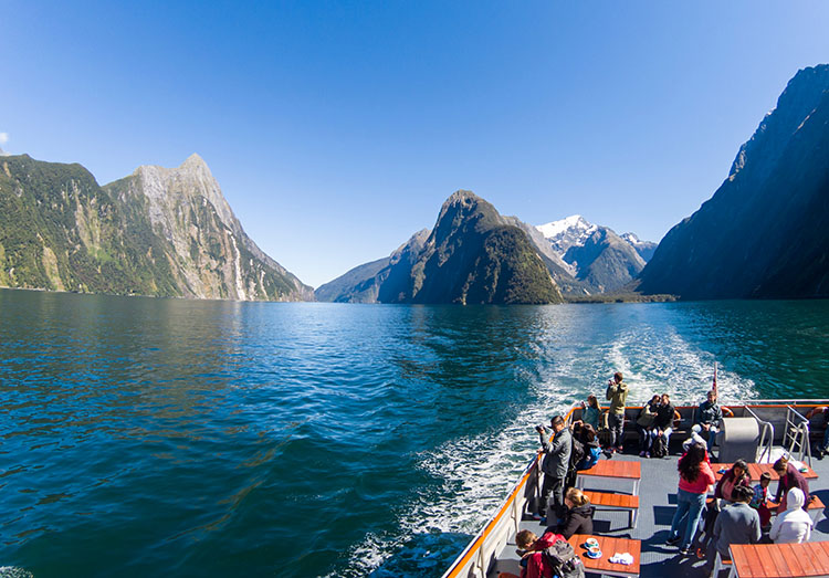 A Milford Sound cruise, New Zealand