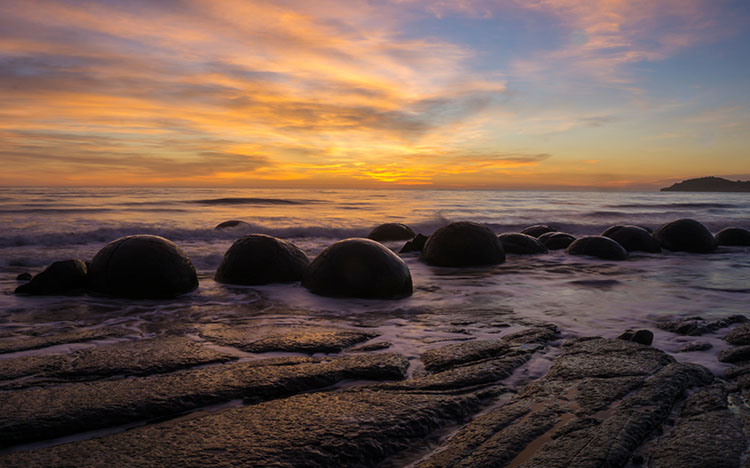Sunrise Moeraki Boulders, Coastal Otago, New Zealand