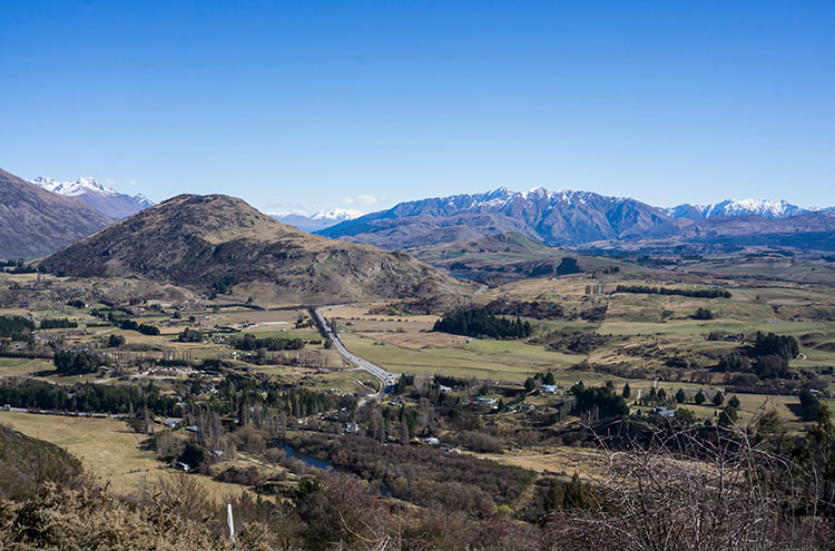 A view from the Crown Range between Queenstown and Wanaka