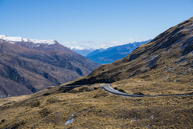 The scenic route between Queenstown and Wanaka, New Zealand