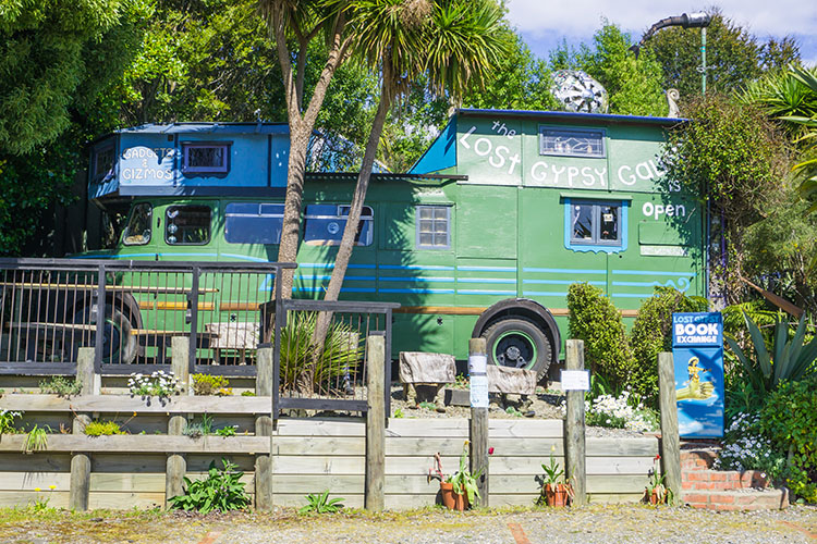 Lost Gypsy Gallery, Catlins, New Zealand