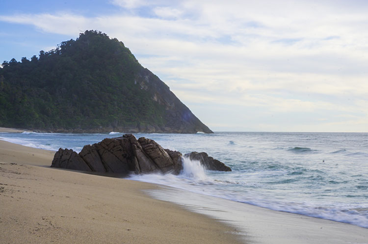 Scotts Beach, the best beach in Karamea, New Zealand